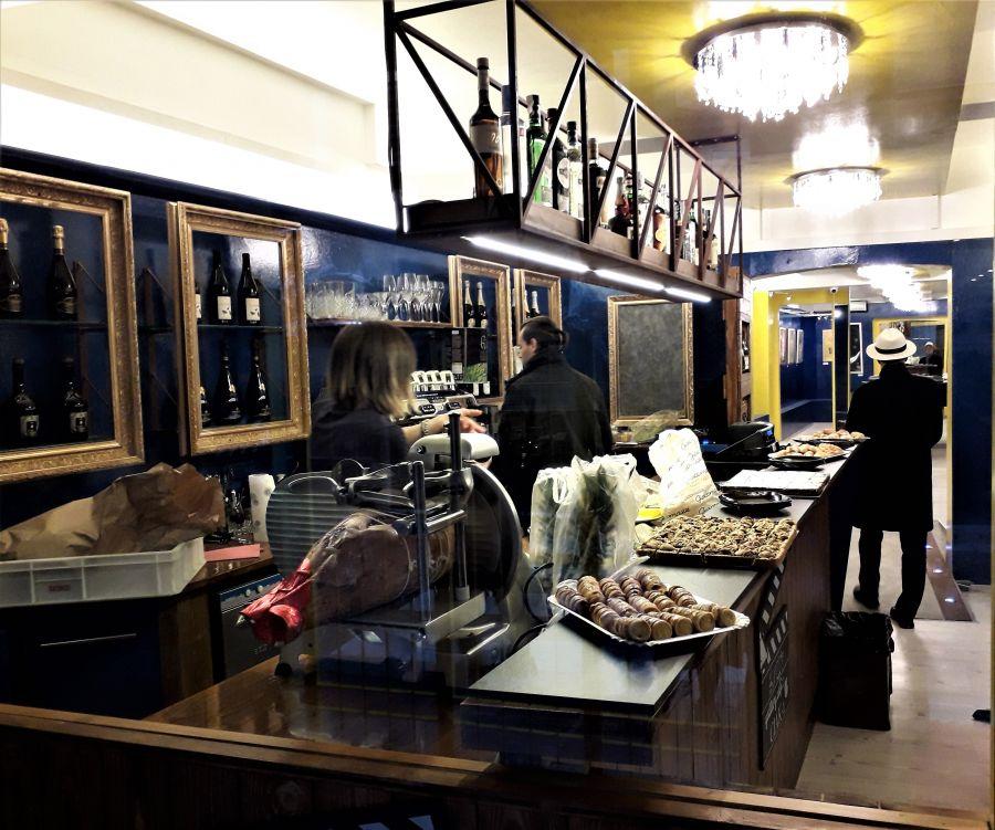 Falegnameria parma roxam propone soluzioni per l for Arredatori di interni